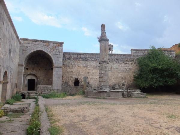 Монумент «Гавазан»