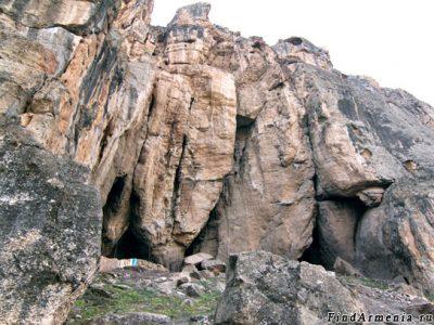Пещера Арени