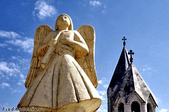 Ангел церкви Казанчецоц, символ города Шуши