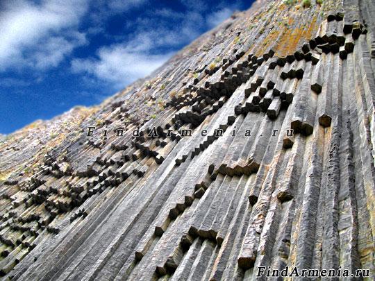 Каменные симфонии в Гарнийском ущелье