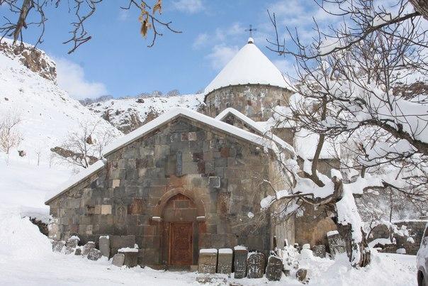tur_v_armeniyu