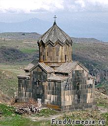 Вахрамашен. Церковь крепости Амберд (1026 г.)